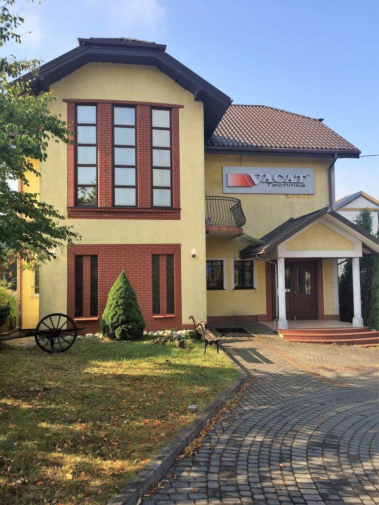 VACAT_siedziba-768x1024